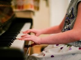 best-toddler-grand-piano