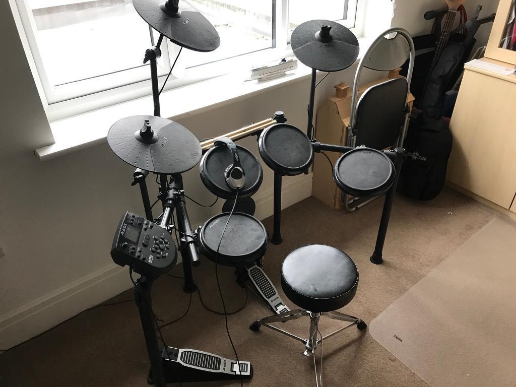 alesis nitro kit drum set review