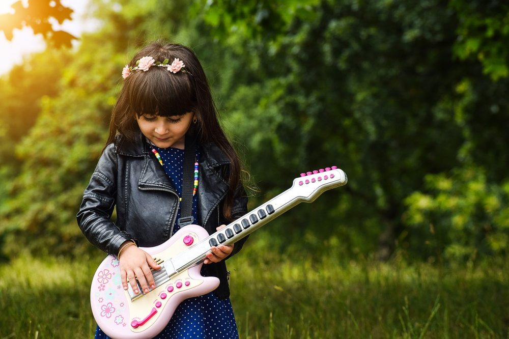 best kids electric guitar reviews