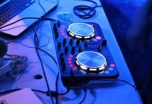Best DJ Controller Under 300 dollar