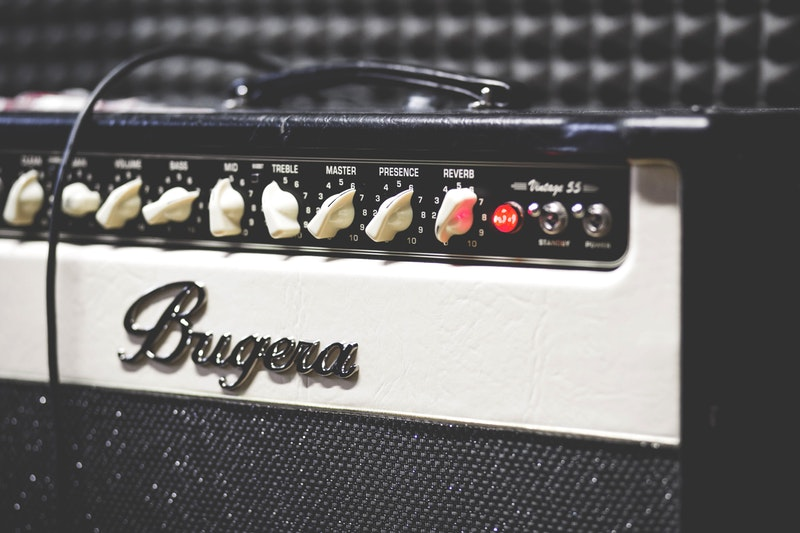 Best Solid State Amp for Pedals