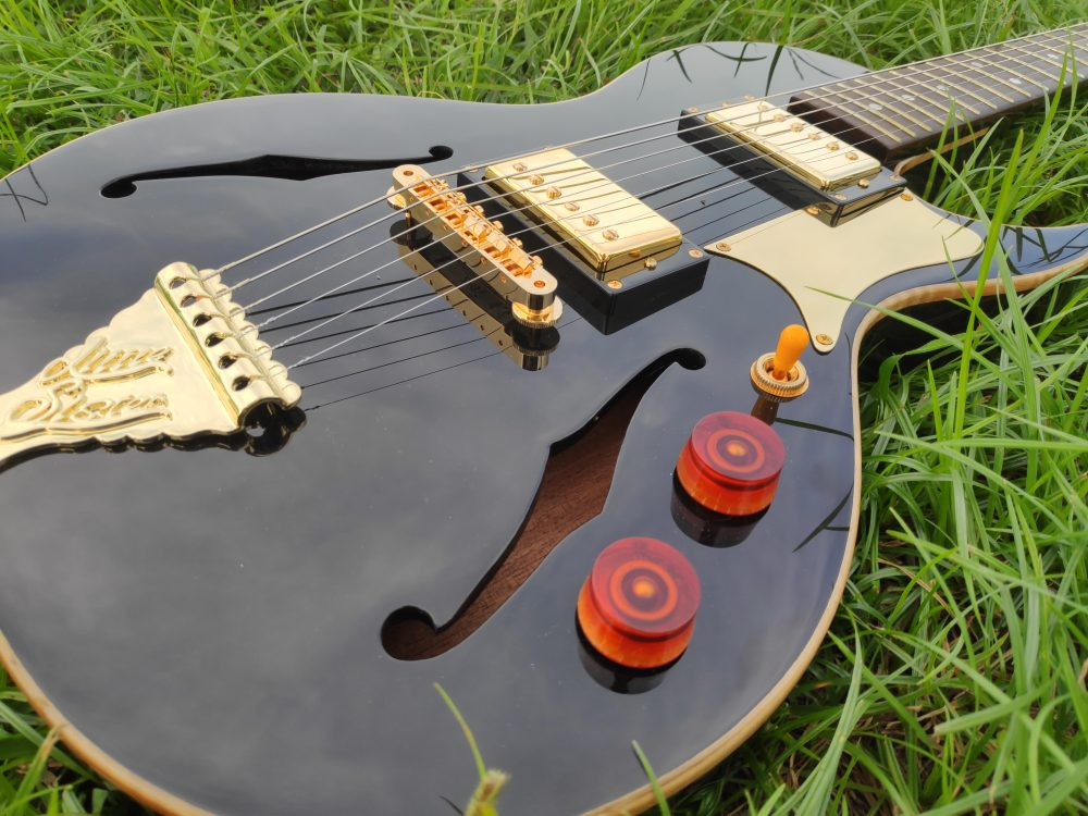 b and g little sister crossroad electric guitar review