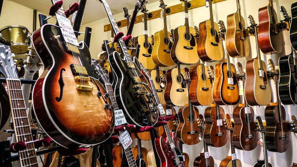 Best Online Guitar Shop Philippines + Free Shipping